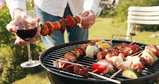 The Perfect Wines for BBQ Season — No Matter What You're Grilling!